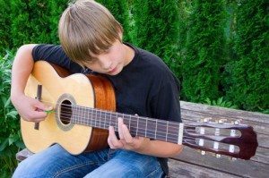 children's classical guitar Poway guitar lessons 619-306-3664
