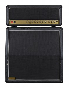 guitar amplifier with speaker cabinet